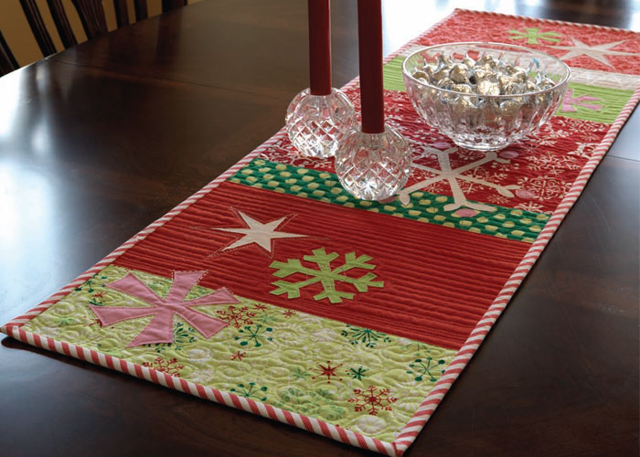 Handmade Gift Ideas: Snow Play Table Runner