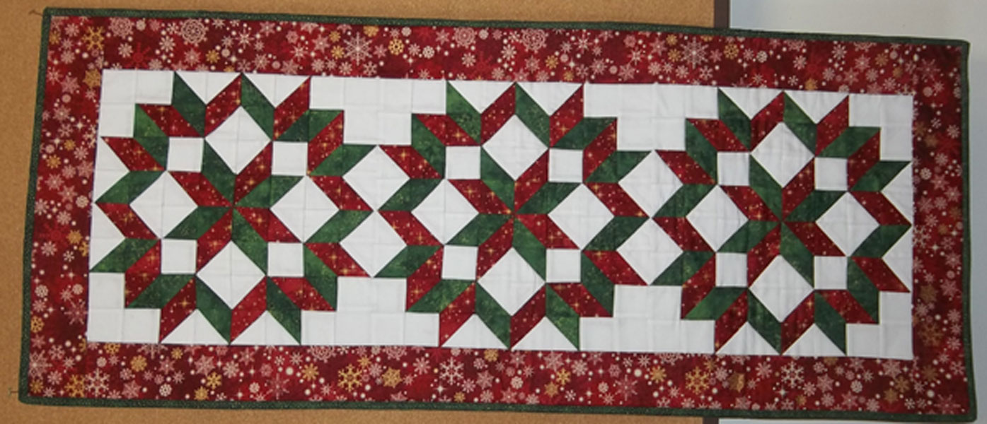 12 5 2016 Carpenters Wheel Christmas Quilts