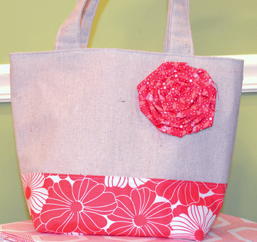 How to Make a Fabric Flower for Quilted Tote Bags and More ... : how to make quilted tote bags - Adamdwight.com