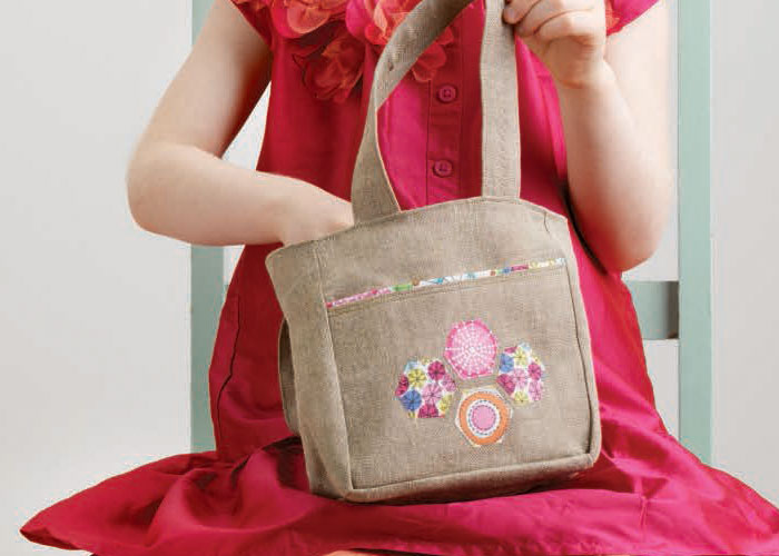Applique Quilting: Pretty Little Tote Bag by Vivika Hansen DeNegre