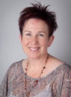Lynette Anderson -- Fons & Porter Contributor