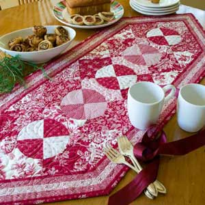 Friday Free Quilt Patterns: Antique Circles Table Runner ... : free quilting patterns for table runners - Adamdwight.com