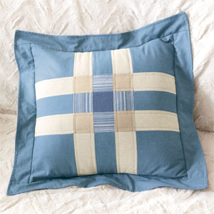 Chambray Blues: FREE Plaid Block Quilted Pillow Pattern - The ... : quilt pillow patterns - Adamdwight.com