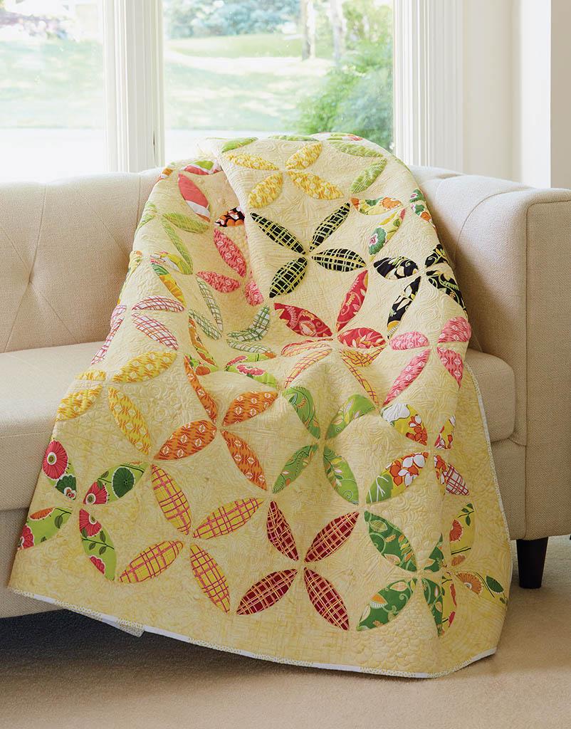 Citrus Sizzler Quilt - Orange Peel Quilt Pattern from Fons & Porter ...