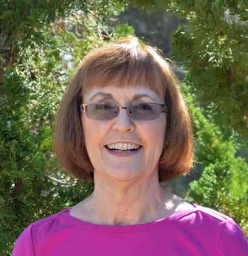 Carolyn Edwards -- Fons & Porter Contributor
