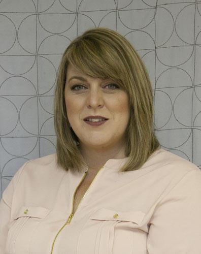 Amy Ellis -- Fons & Porter Contributor