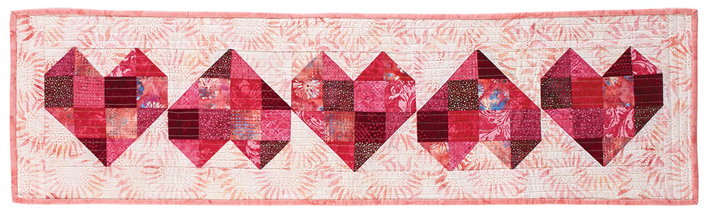 Heres My Heart Table Runner Quilt Pattern From Fons Porter The