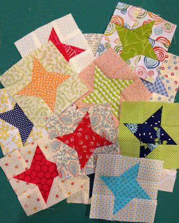 Friendship stars QM Bitty Blocks: November's Friendship Stars