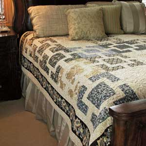 Fujita Maze: Sophisticated Modern Asian Bed Quilt Pattern - The ... : bed quilt patterns - Adamdwight.com