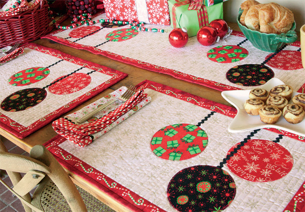 Gather Round Quilt blog Finish Your Christmas Quilting! Fast + Easy Ideas