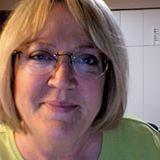 Mischele Hart -- Fons & Porter Contributor