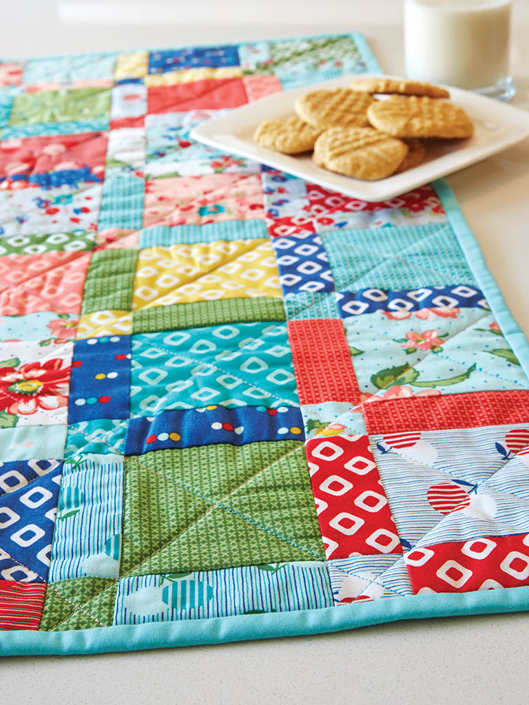 Hip to be Square Table Quilt