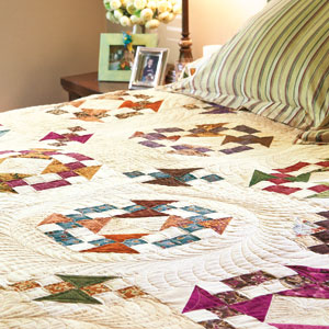 Homeward Journey: Scrappy King/California King Size Bed Quilt Pattern