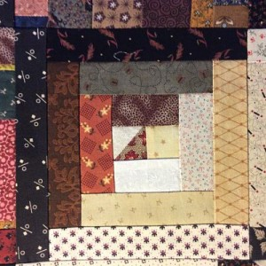 IMG 0426 opt 300x300 QM Scrap Squad: Bonnie Hunter Log Cabin Sampler