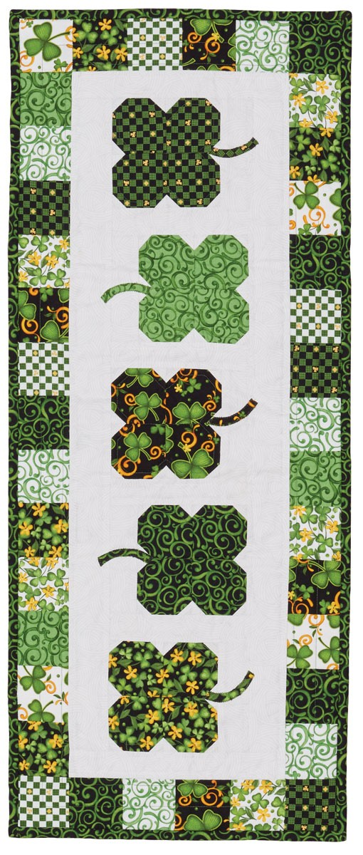 Luck O' the Irish - Table Runner - Fons & Porter - The Quilting ... : irish quilt blocks - Adamdwight.com