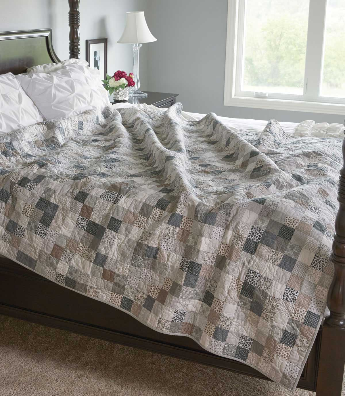 Remaining Neutral Quilt - Fons & Porter - The Quilting Company