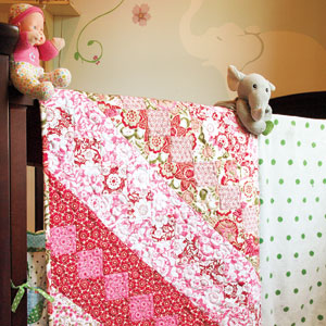 Rosy Lullaby: FREE Sweet & Simple Floral Twin Quilt Pattern - The ... : easy twin quilt pattern - Adamdwight.com