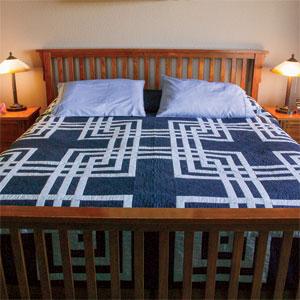 Twisted Craze: Labyrinth Queen Size Quilt Pattern - The Quilting ... : labyrinth quilt pattern - Adamdwight.com