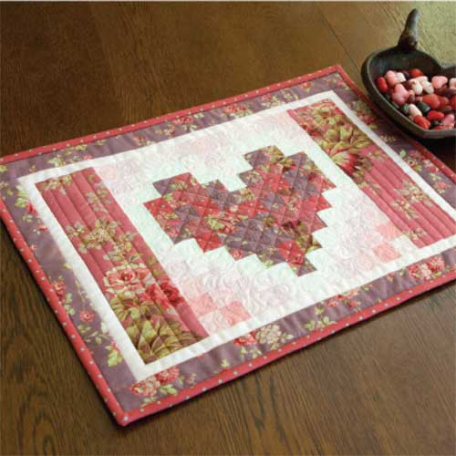 Two Hearts Runner Free Valentine Placemat Pattern The Quilting