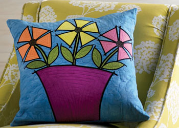 Beginning Quilt Design: Quilted Pillow Cover by Sue Bleiweiss