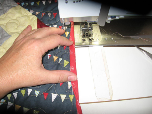 binding14 Mock Hand Quilt Binding by Machine