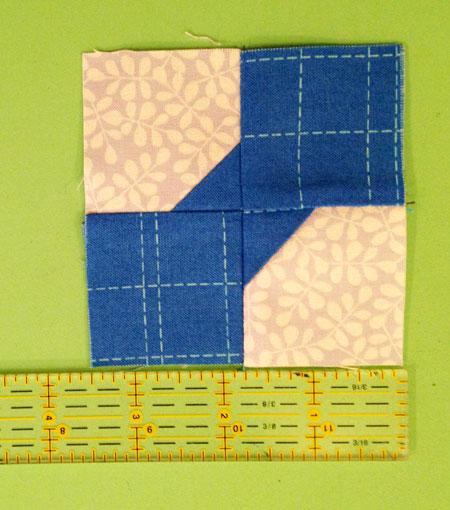 bittyblocks18 QM Bitty Blocks: Adorable Small Designs