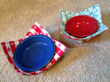 bowlquiltcozytwo Easy Handmade Gifts: Microwave Bowl Potholders