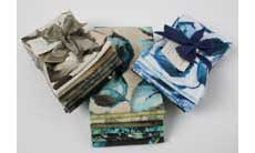 Use your fat quarter bundles with our FREE quilt patterns