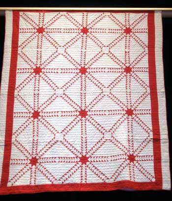 invar8 Infinite Variety: Red & White Quilt Exhibit