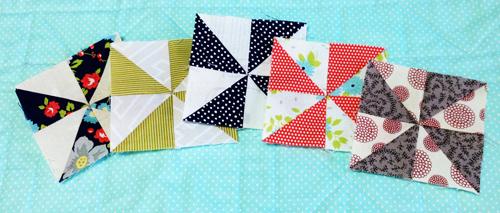 pinwheel14 Decembers QM Bitty Blocks: Pinwheels
