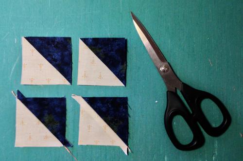 pinwheel4 Decembers QM Bitty Blocks: Pinwheels