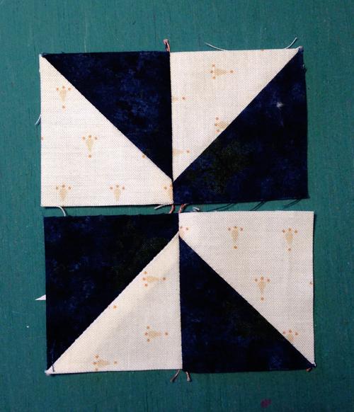 pinwheel7 Decembers QM Bitty Blocks: Pinwheels