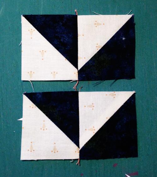 pinwheel8 Decembers QM Bitty Blocks: Pinwheels