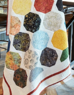 quilting-quickly-september-october-2017-Painted-Snowballs