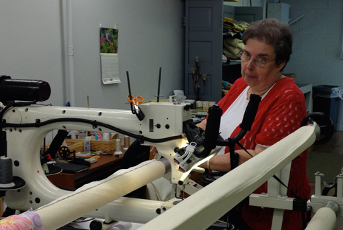 sissies1 Learning to Quilt on a Longarm