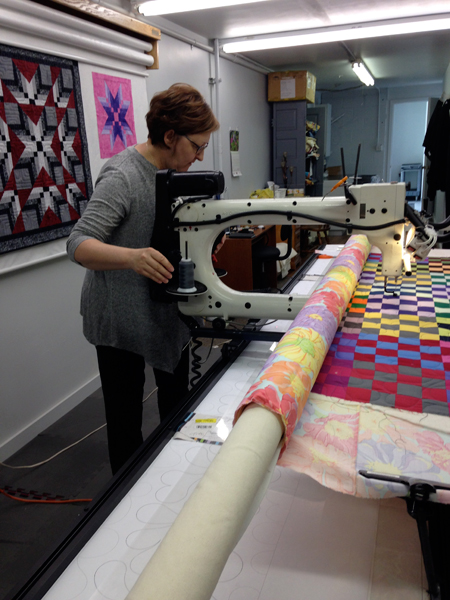 sissies2c Learning to Quilt on a Longarm