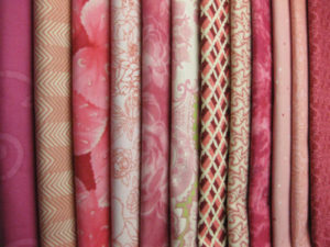 Valentine's Gifts for Quilters: Pink Fat Quarter Pack