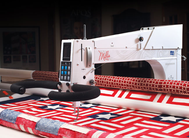Long Arm Quilting - APQS Longarm Certification Course Image with Patriotic Quilt