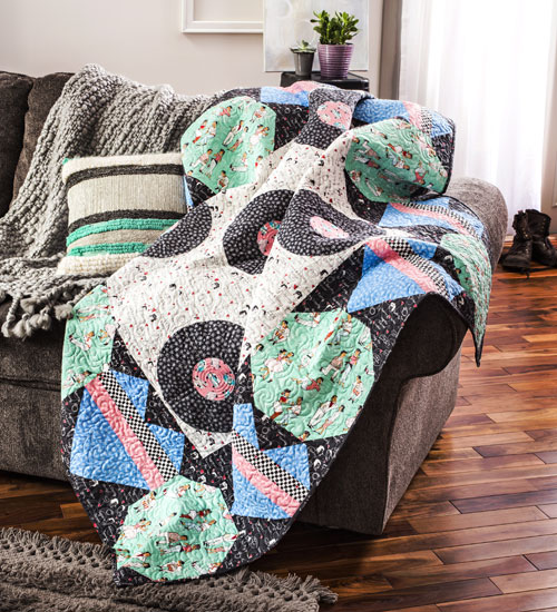 Easy Quilts Magazine - Dates & Drive Ins Quilt Kit