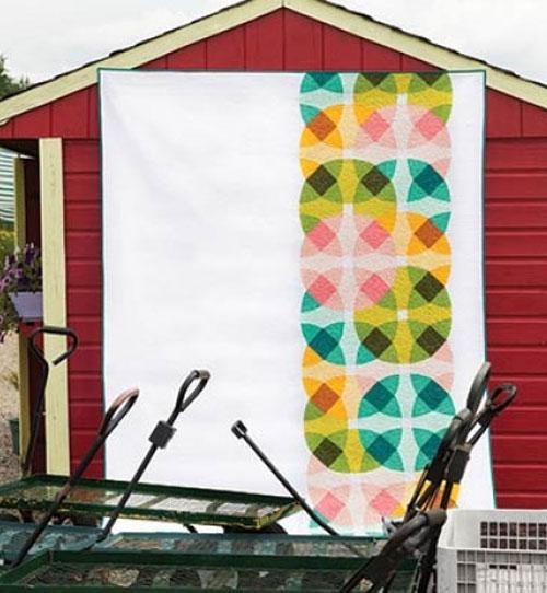 Modern Patchwork Magazine - Color Wheels Quilt Kit