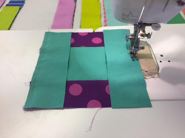 i-love-this-quilt-pom-pom-parade-part-2-stitching-2