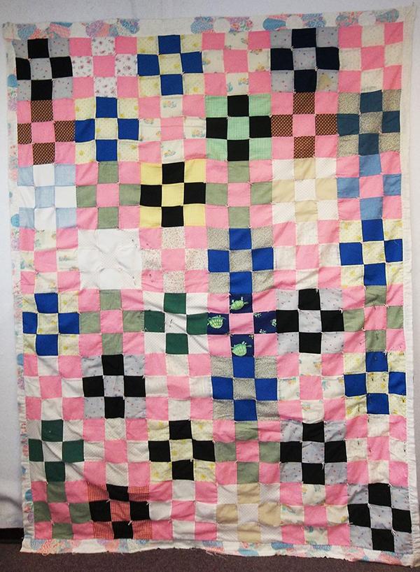 Elizabeth's Quilt by Lori Baker