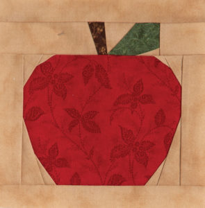 back-to-school-with-each-new-quilt-apple