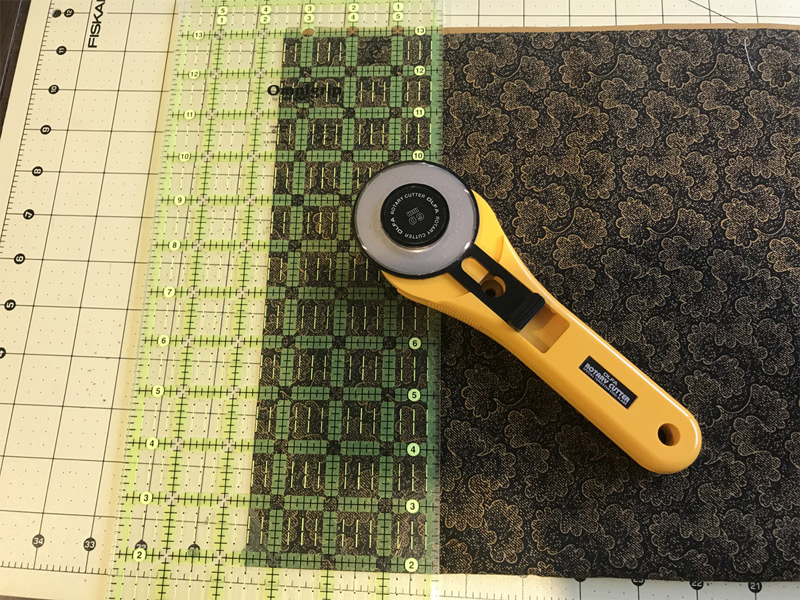 """Mystery Quilt Clue 5 - Cut 4 strips 3 ½"""" x WOF (Width of Fabric)"""