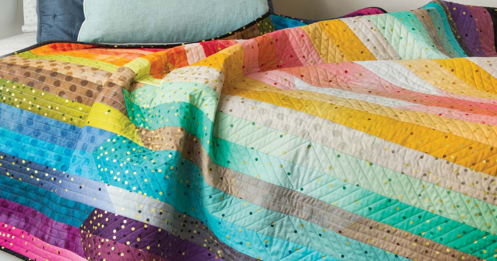 quick-quilts-august-september-2018-glimmer-glow-featured