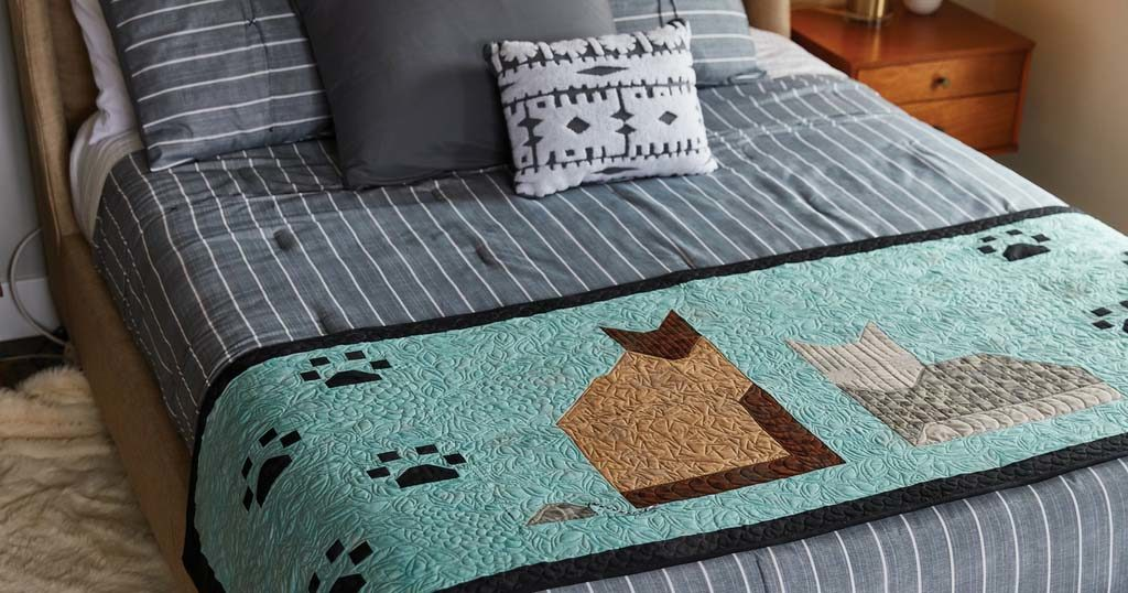 easy-quilts-fall-2018-a-tail-of-two-kittens-featured