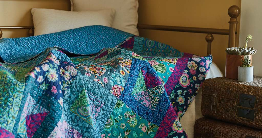 quilting-quickly-july-august-2018-nocturne-featured