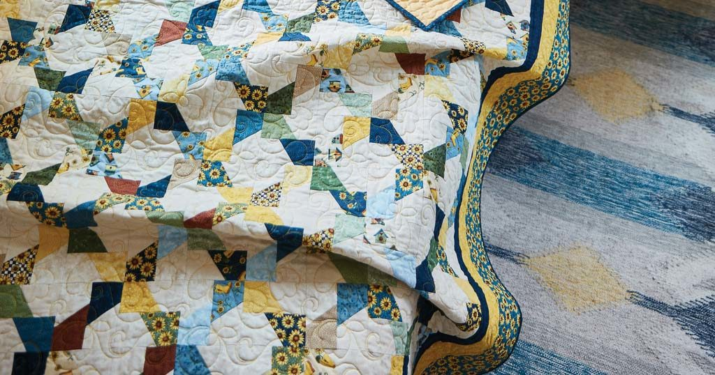 quilting-quickly-july-august-2018-summer-sunshine-featured