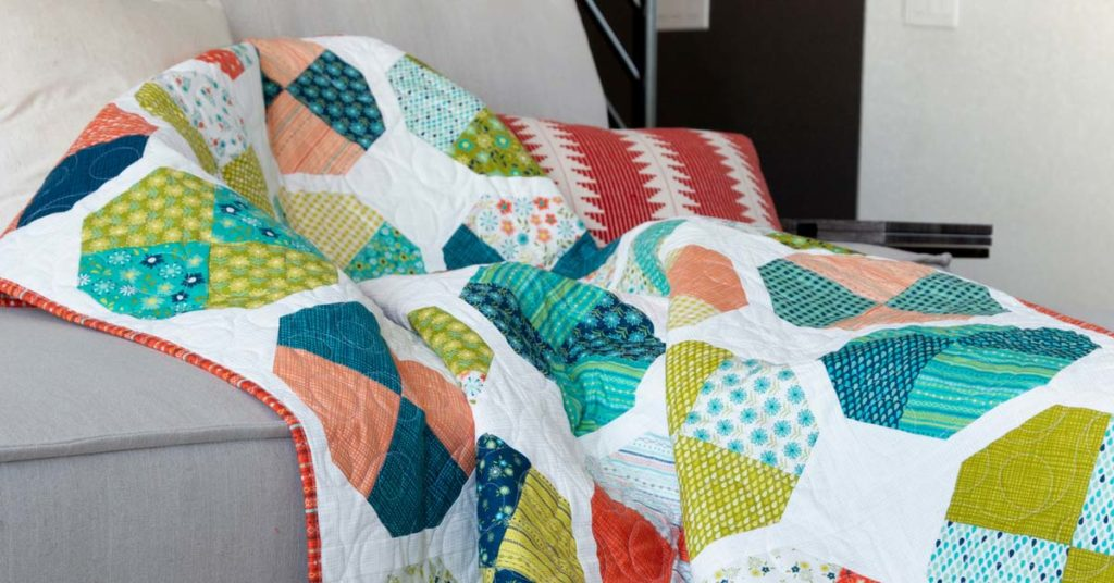 quilting-quickly-september-october-2018-play-ball-style