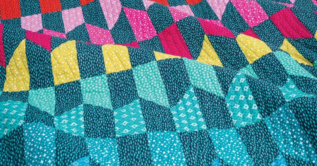 quilty-july-august-2018-roygbiv-featured
